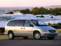 Chrysler Town & Country III